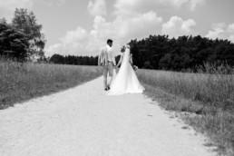 Brautpaarshooting Wald und Wiese