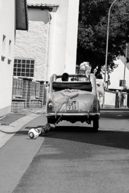 Hochzeitsauto Fußball Oldtimer Cabrio Dosen