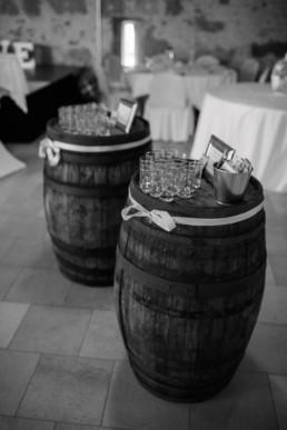 Hochzeit in Franken Zehentspeicher Schnaps Deko Julia Reif Fotografie