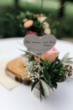 Details Hochzeit Blumen Sprüche Julia Reif Fotografie