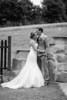 Vintage Brautpaar Eukalyptus Brautpaarshooting an der Seebühne Vestenbergsgreuth