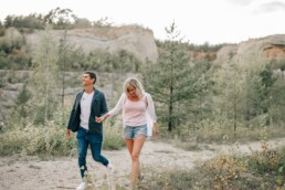 Verlobungsshooting Steinbruch Paar