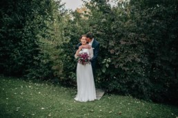 Umarmung Brautpaar