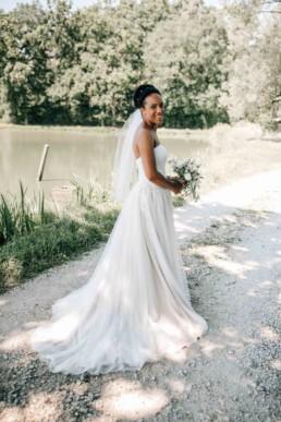 Glückliche Braut See
