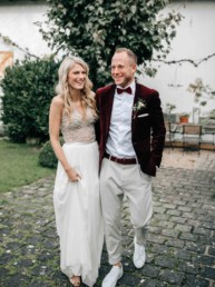 Strahlendes Brautpaar