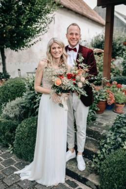 Brautpaar Roter Anzug