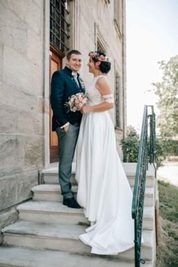 Fröhlicher Bräutigam