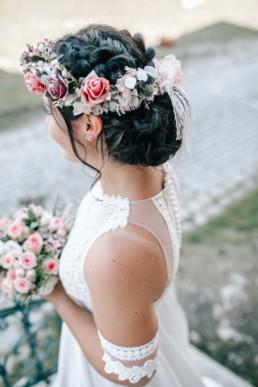 Braut Frisur Haare Blumenkranz