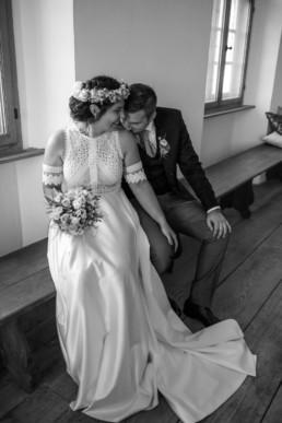 Kuss Schulter Brautpaar